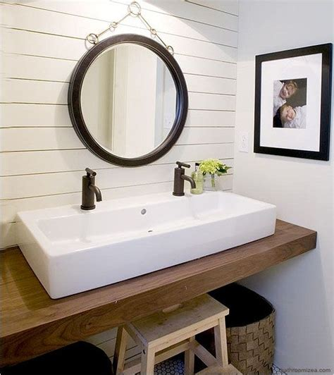 double sinks for small bathrooms 25 best ideas about bathroom double vanity on pinterest