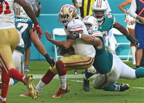miami dolphins news rumors sun sentinel dolphins defense doing the job despite being