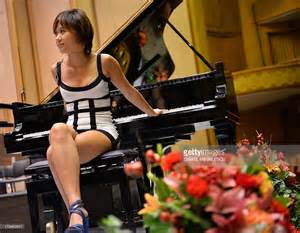 Chinese pianist yuja wang poses after the rehearsal of tchaikovsky s