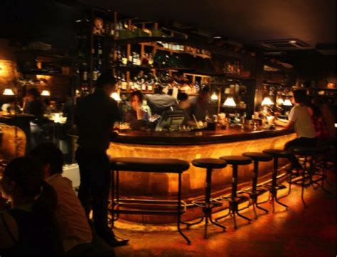 hi tops bar chicago 28 images two new apartment are these the best bars in the whole world
