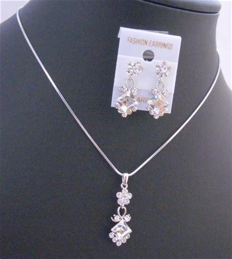 Wedding Accessories San Francisco wedding bridal jewelry bridal jewelry