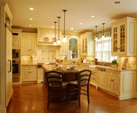 Traditional Kitchen Lighting 1 Picture Enhancedhomes Org Traditional Kitchen Lights