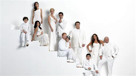 modern family full hd wallpaper  background image  id