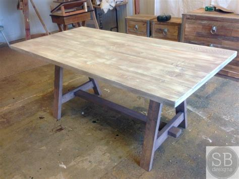 Diy Patio Tables Build This Diy Multifunctional Outdoor Table Really Amazing