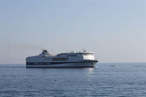 nave la suprema grandi navi veloci nave la superba traghetti