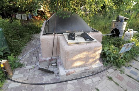 make a biogas generator to produce your own gas
