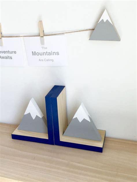 Serre Livre 502 by Mountain Bookends Adventure Nursery Adventure