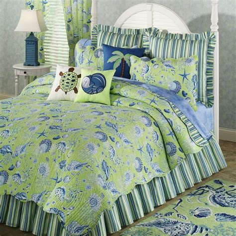 Blue And Green Quilt Bedding 32 Best Images About Blue Green Bedroom On