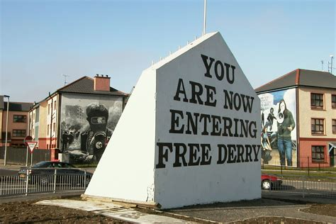 Large Wall Murals Uk cain photograph free derry corner 1 derry