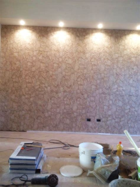 abbassamento soffitto con faretti parete sala e abbassamento soffitto illuminazione faretti