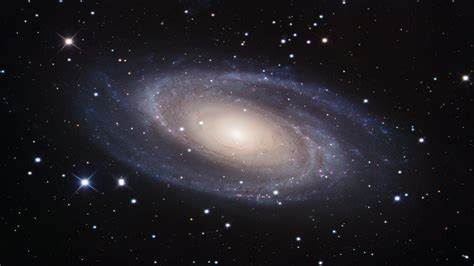 galaxy wallpaper moving m81 galaxy wallpaper