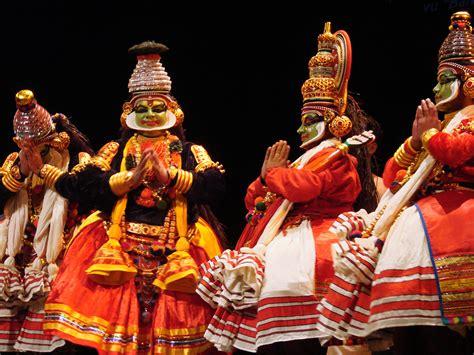movie theatres cultural centers in kochi india file krishnanattam th 233 226 tre rituel du kerala jpg