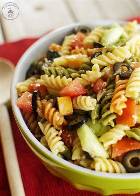 pasta salad ideas 25 best ideas about italian dressing pasta salad on