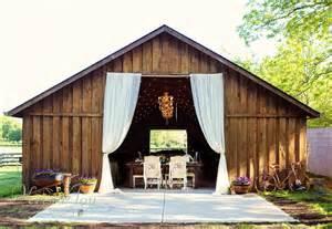 bouncy barn terre haute in the barn in zionsville wedding ceremony reception venue
