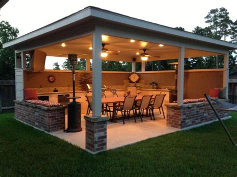 backyard entertainment area 25 best ideas about outdoor entertainment area on