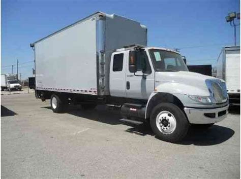 Box Truck With Sleeper For Sale by International 4400 Cab Sleeper 22ft Box Truck