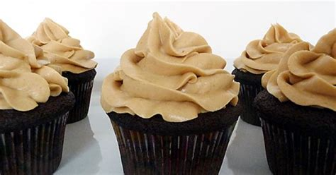 ina garten frosting dark chocolate cupcakes with peanut butter frosting by ina
