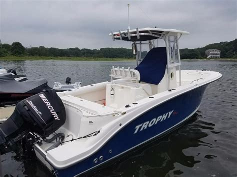 bayliner boats near me 2008 trophy 2503 cc power boat for sale www yachtworld