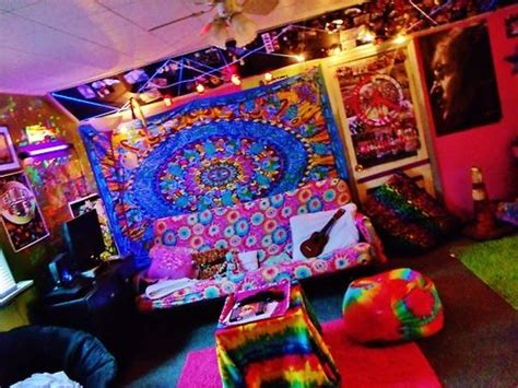 trippy bedrooms hippie room psychedelic pinterest awesome