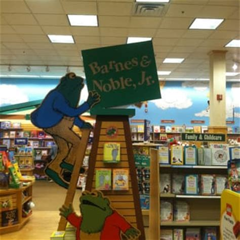 Barnes And Noble Annapolis Md barnes noble booksellers 11 photos 24 reviews book