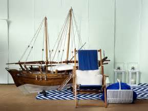 How to embrace nautical theme in home decor
