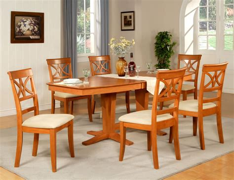 Wooden Dining Room Table by 7pc Dining Room Set Table And 6 Wood Seat Chairs In Light