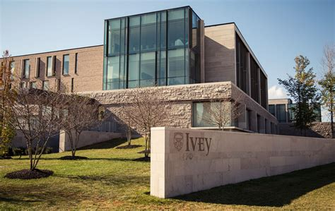 Ivey Mba Class Of 2017 by Dean Kennedy Steps As Dean Of Ivey Business School