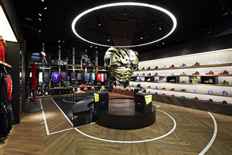 nike store basketball shoes nike basketball shop by specialnormal chiba japan