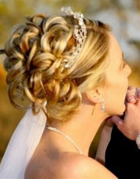 Wedding Hairstyles Updos Bridesmaids by Bridesmaid Hairstyles Hair Updos Official