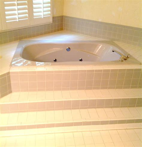 bathtub with jacuzzi jets jacuzzi bathtub refinishing maryland washington dc n va