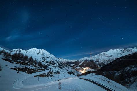in montagna capodanno capodanno e befana sulla neve della valle d aosta le