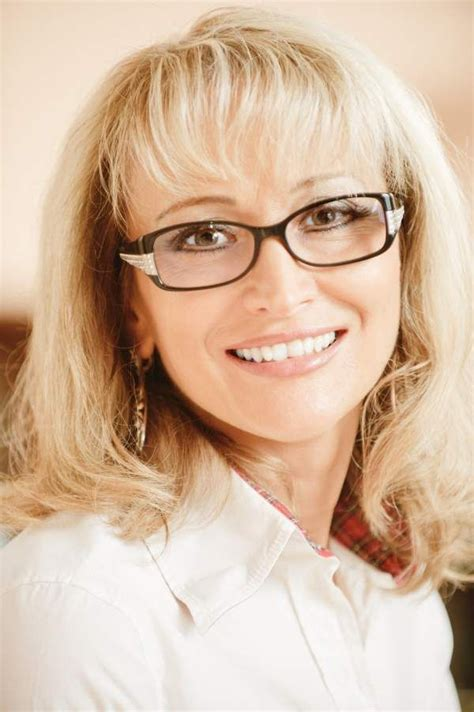 medium haircuts for glasses hairstyles for 50 with glasses