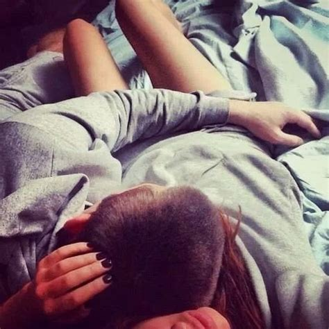 how to cuddle with your girlfriend on the couch image 1598090 by aaron s on favim com