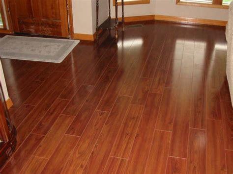 Laminate Vs. Hardwood Flooring: How Do you Decide?