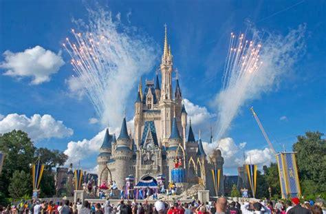 photos usa brings the magic with disney powered disney world s magic kingdom turismo cultura mix