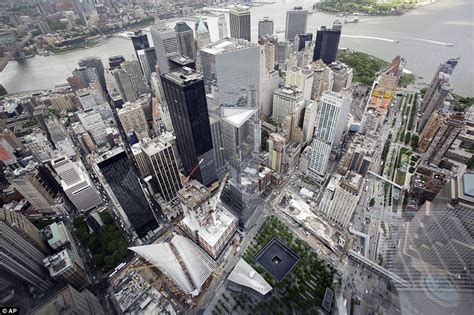 One S View Of The World one world trade center s new observatory offers sweeping views of manhattan daily mail