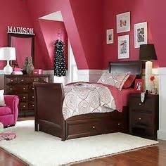 Girly bedrooms on pinterest girl bedrooms girls bedroom decorating