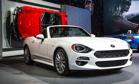 fiat spider white 2017 fiat 124 spider cars exclusive and photos