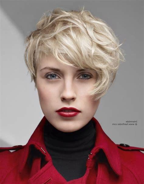 history on asymmetrical short haircut best 25 short asymmetrical hairstyles ideas on pinterest