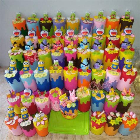 Souvenir Hadiah Plastik Lebaran Cantik Hias Flanel 1 jual souvenir celengan cantik hias kain flanel rainbow