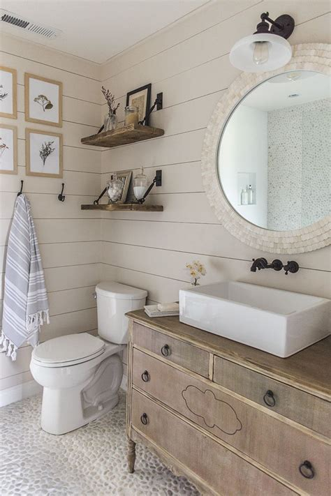 Farmhouse Bathrooms Ideas 25 Best Ideas About Farmhouse Bathrooms On Farm Style Small Bathrooms Half Bath
