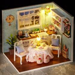 diy wooden miniatura doll house room box handmade 3d