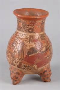 321 mayan style pottery tripod vase 10 in high lot 321