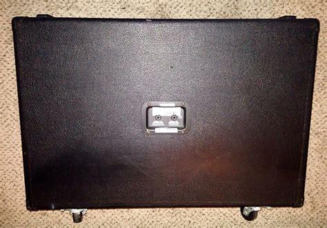 Line 6 Flextone 212s Cabinet by Line 6 Flextone Stereo 2x12 Guitar Speaker Cab Cabinet
