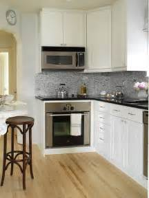 White Kitchen Cabinets With Black Granite Countertops Black Granite Countertops Design Ideas