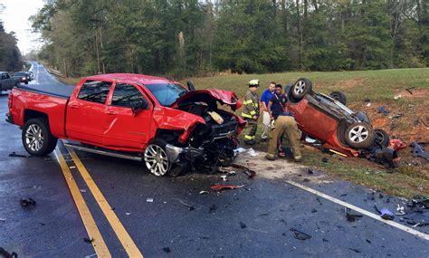 car crash car pic victim