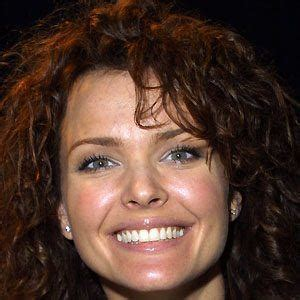 dina meyer bio facts family famous birthdays