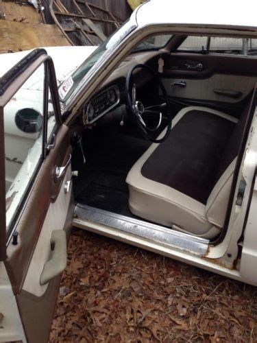 sell   ford falcon  door station wagon cool