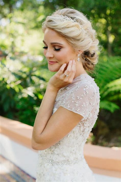 Wedding Hair Up Soft by 18 Relaxed Summer Wedding Hairstyles