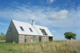 Gambrel Roof Design barn houses small and prefab modern barn homes
